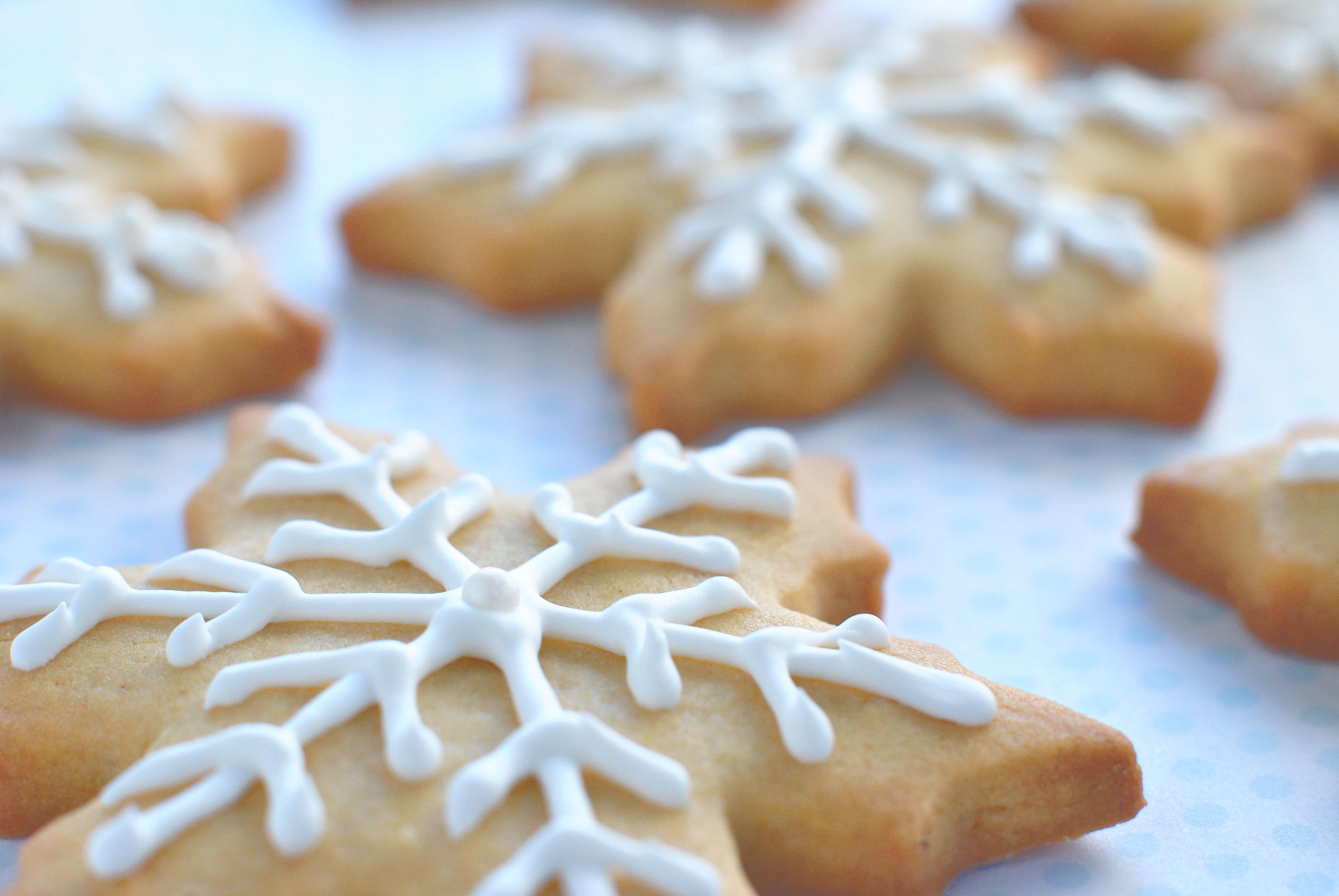 Cardamom Honey Christmas Cookies